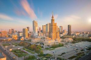 luchtfoto van de skyline van Warschau