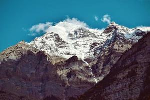besneeuwde bergtop