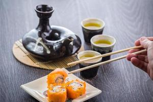 theeservies en sushi foto