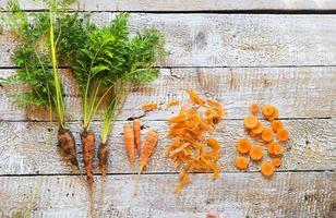 wortel op een tafel foto