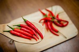 rode hete chili pepers foto