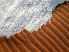 zand en sneeuw foto