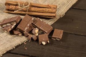 chocolade met amandelen foto