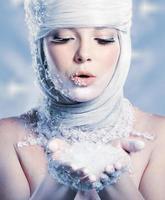 mooie sneeuwkoningin foto