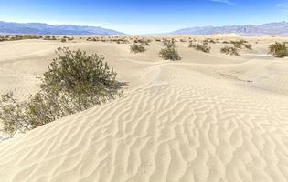 zandduinen in Death Valley National Park, Californië, VS. foto