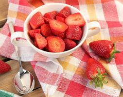 aardbeien op tafel