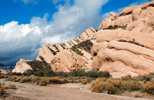 mormoonse rotsen - hoge woestijnbergen van zuidelijk californië