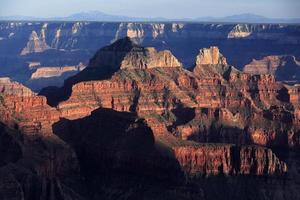 spectaculair licht- en schaduwspel Grand Canyon, VS. foto