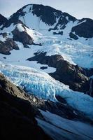 byron gletsjer bij zonsondergang - portage valley, alaska foto