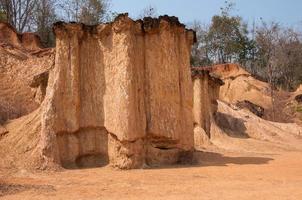 phae muang phi, een plaats met originele rots in phrae