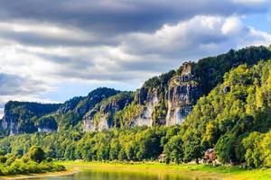 Saksisch Zwitserland, herfstkleuren in bastei, dresden gebied