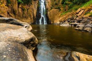 haew narok waterval, kao yai nationaal park, thailand foto