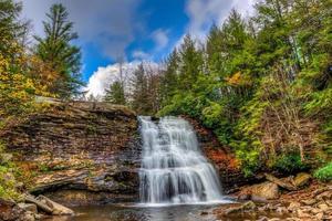 appalachian berg waterval foto