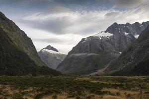 landelijke nz scène met bergen