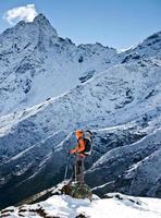 wandelen in de Himalaya-bergen foto