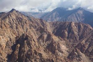bergketen, leh, ladakh, india foto