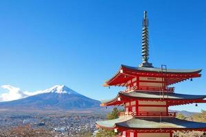 berg fuji in de herfstseizoen foto