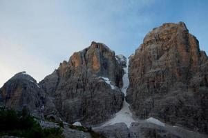 dageraad in de bergen foto