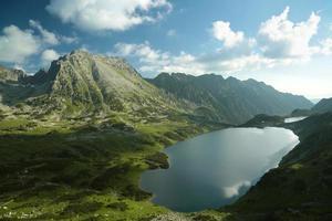 vallei van vijf vijvers in het tatra-gebergte foto