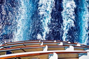 oceaan schip wake trail foto