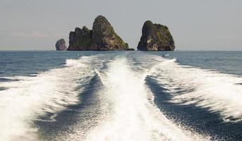symmetrie in de oceaan foto