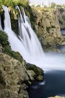 waterval, grot, klif, plant foto