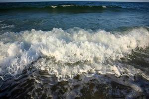 zee en golven foto