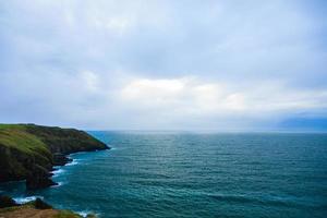 iers landschap. kustlijn atlantische kust, kurk, ierland