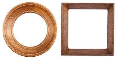 twee houten kozijnen foto