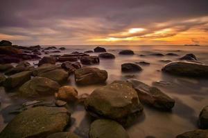 mooi tropisch strandlandschap bij het eiland van koh kood, thailand