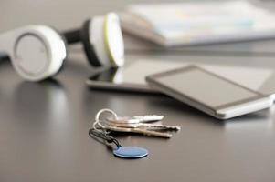 smartphone, tablet en nfc-tag, thema voor nabije veldcommunicatie