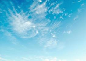blauwe lucht