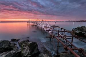 zonsopgang in de baai van Burgas foto