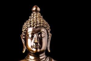 Boeddhabeeld geïsoleerd foto