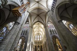 kathedraal saints-michel-et-gudule de bruxelles, belgië foto