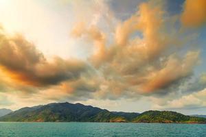hemel boven eiland foto