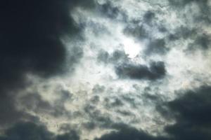 zon met wolken textuur foto
