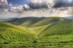 HDR-weergave van Lessinia in Noord-Italië. foto