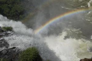raimbow over de watervallen foto