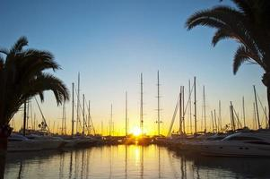 zonsopgang bij de jachthaven Mallorca foto