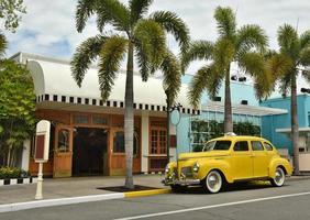 oude gele taxi