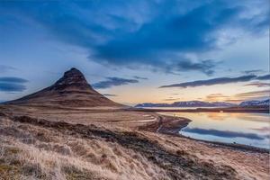 zonsopgang op mt. kirkjufell, IJsland