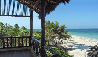 Caribisch zeezicht vanaf het balkon foto