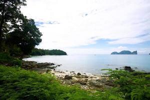 zeekust in phi phi-eiland, thailand foto