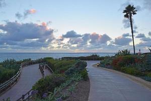pad naar het strand van laguna