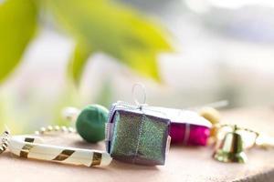 viering achtergrond met geschenkdozen foto