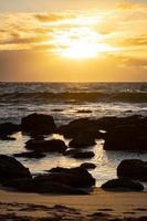 zonsopgang boven bronte strand rockpool