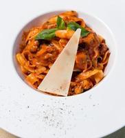 smakelijke pasta met kaas
