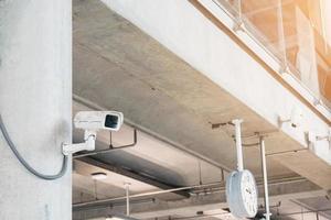 beveiligingscamera's in gebouwen foto