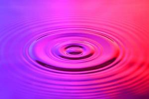 watergolf in abstracte verlichting